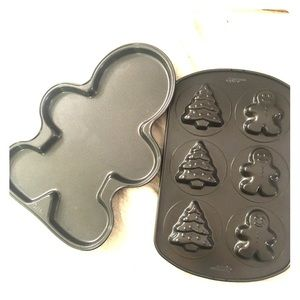 Two Wilton cake pans gingerbread holiday unused